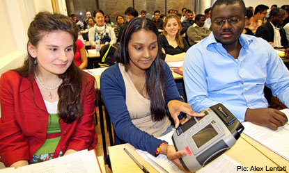 fingerprint-scanner-students-uk
