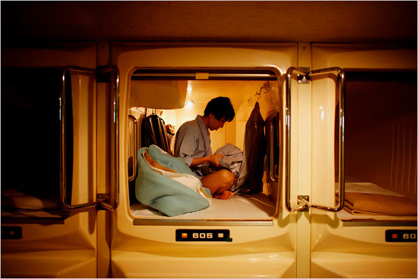 japan-when-home-is-a-cubicle-barely-bigger-than-a-coffin-02