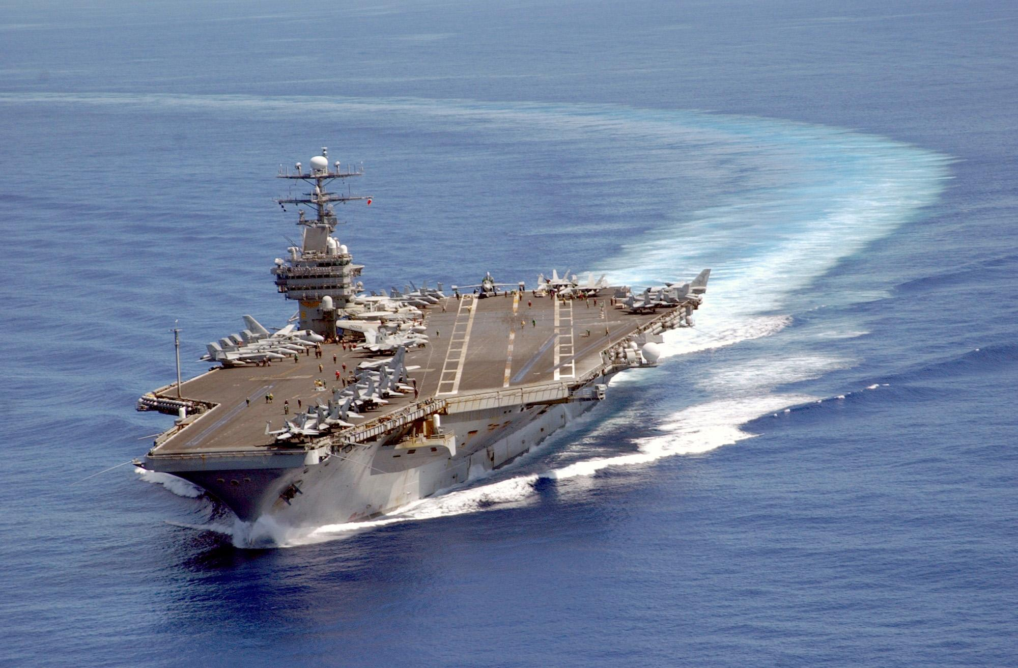 uss_carl_vinson_on_patrol_in_the_pacific