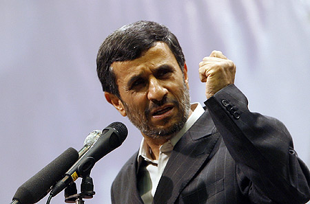 mahmoud-ahmadinejad-russia-sells-its-s-300-missile-system-to-iran