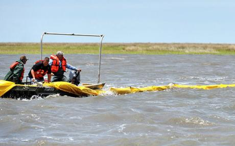 gulf-of-mexico-oil-spill_scientists-and-fishermen-alarmed-over-chemical-dispersants