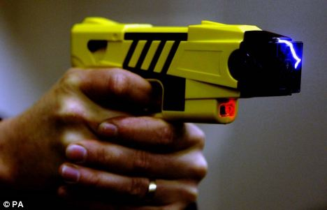 cops-taser-an-86-year-old-grandmother