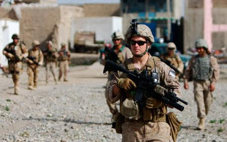 us-marines-and-british-soldiers-on-patrol-in-musa-qala