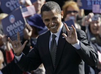 obama-devil-hands-satanist-hand-sign