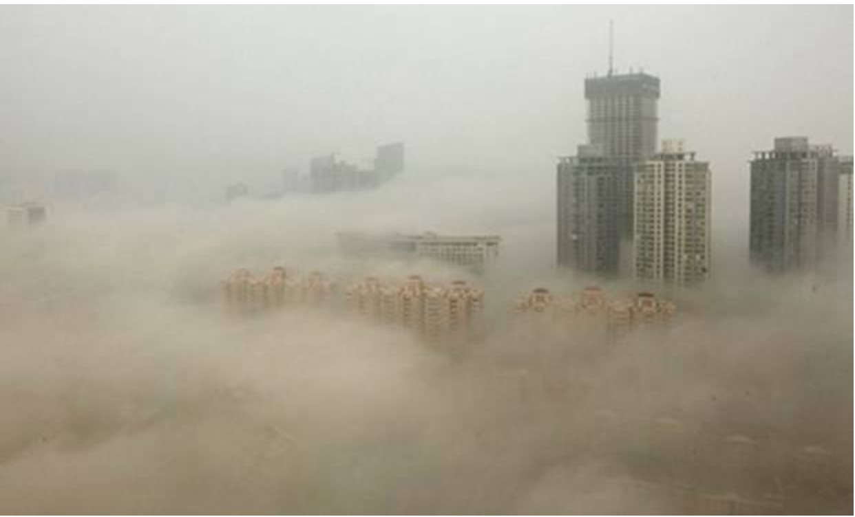 Chinese State-Run Media Embarrasses Itself by Proclaiming Unexpected Benefits of Smog