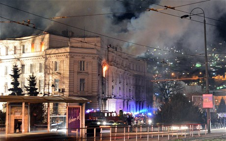 Bosnia protests - 150 injured as demonstrators set fire to presidential palace