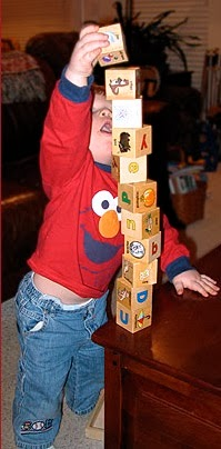 child-stacking-blocks