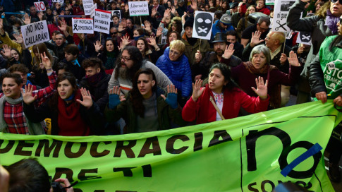Rallies staged in over 30 Spanish cities against tough new anti-protest law