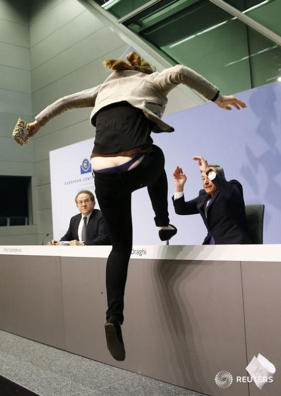 draghi attacked woman_0