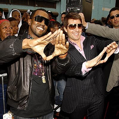 kanye_west_tom_cruise_illuminati_sign