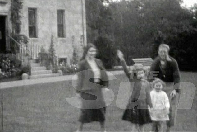 Queen performing a Nazi salute as a young girl-2