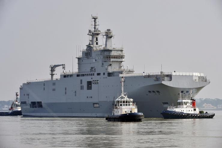 The Mistral-class warship Sevastopol is on the way for its first sea trials off Saint-Nazaire in France March 16, 2015