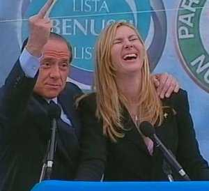 silvio_berlusconi_middle_finger