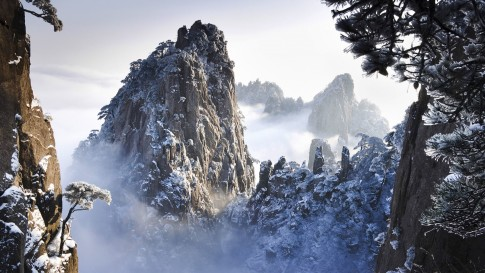 huangshan-winter-china