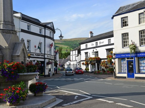 The town centre of Crickhowell, located within the Brecon Beacons