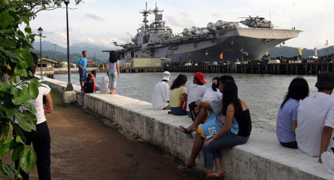 US Navy Returns to Philippines