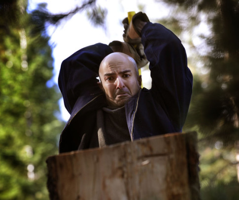 kashkari chopping wood