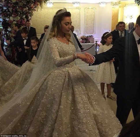 Russian Energy Tycoon Spends 1 Billion On Son's Wedding-5
