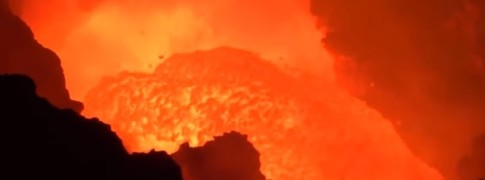 santiago_crater_lava_lake_activity_on_march_1_2016_f