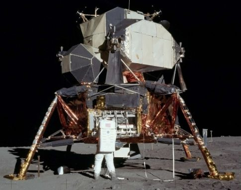 full_scale_apollo_lunar_lander