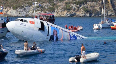 Turkey sinks old Airbus jet, creating artificial reef to keep diving tourism afloat