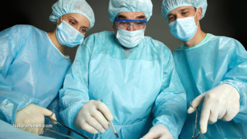 Doctors-Surgeons-Operate-Hospital