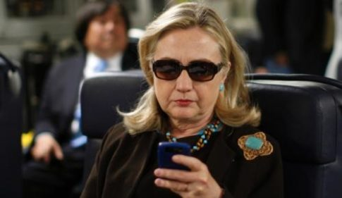 hillary blackberry_0
