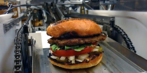 momentum-machines-real-burger