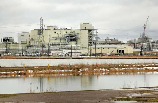 dow-chemical-plant-midland-michigan