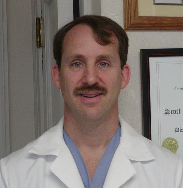 dr_scott_reuben_md_000