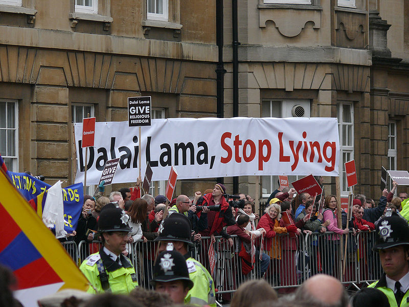 protest_dalai_lama_stop_lying_give_religious_freedom