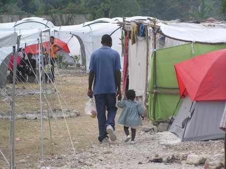 tent_city_in_haiti_001