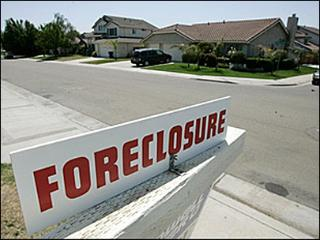 foreclosure-rates-surge-biggest-jump-in-5-years
