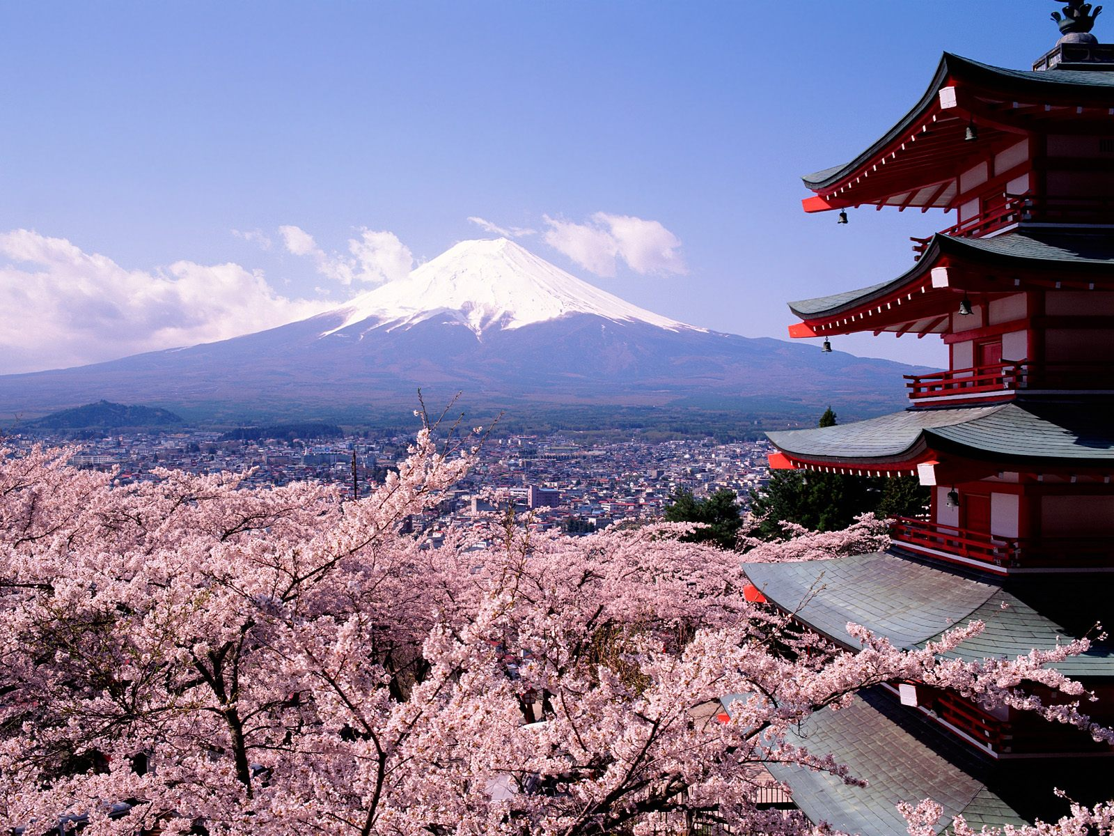 mt-fuji_risk-of-japan-going-bankrupt-is-real