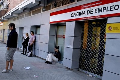 Spain Jobless Rate Tops 20 Percent