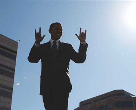 obama-satanic-salute-handsign