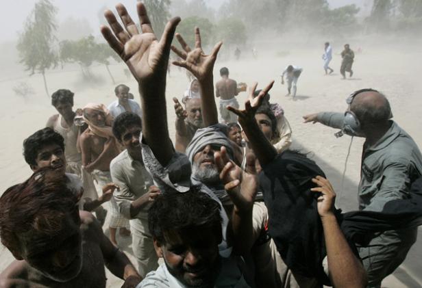 debts-pushing-pakistan-to-the-brink-of-ruin