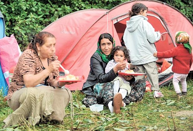 un-tells-france-to-stop-forced-expulsion-of-roma