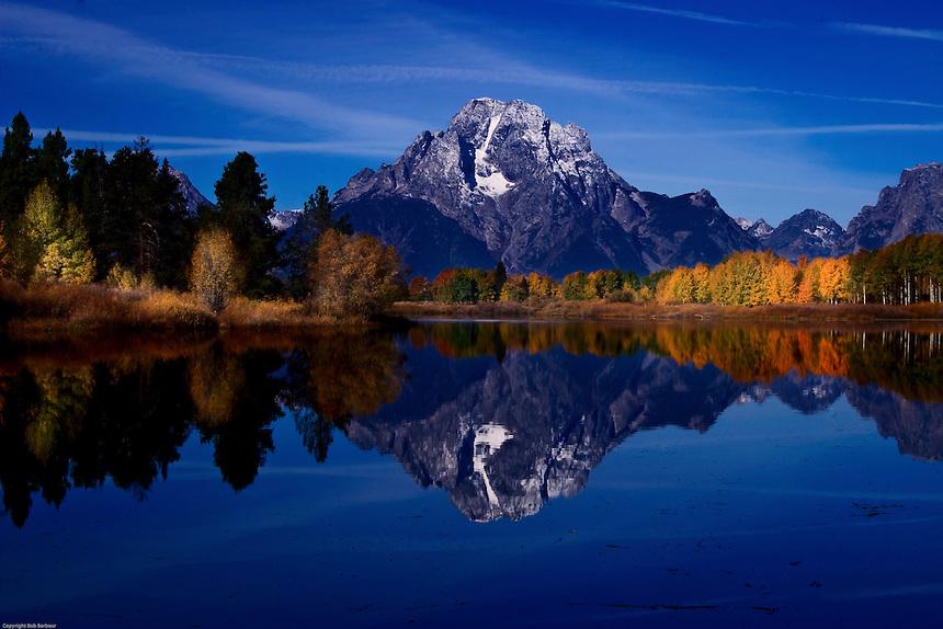 Lake-near-Mount-Moran-Grand-Tetons-National-Park-Wyoming
