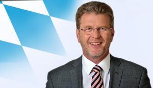 Dr. Marcel Huber