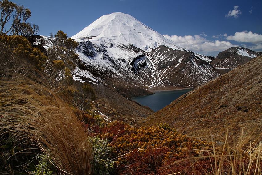 mount-ngauruhoe-tongariro-national-park-new-zealand