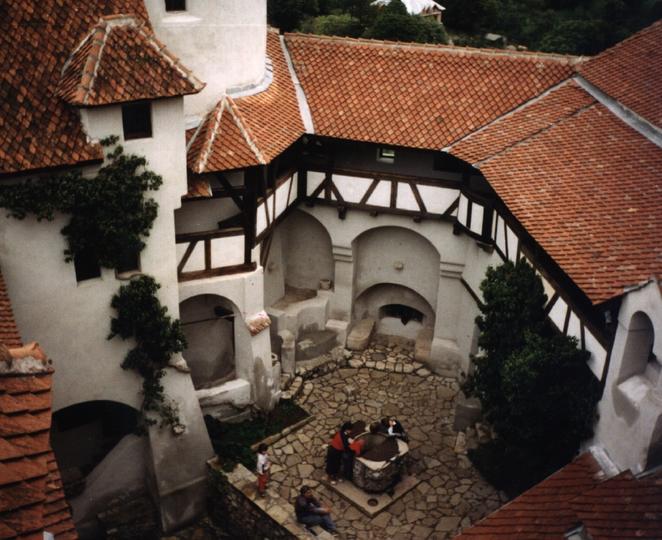 Dracula's Castle3