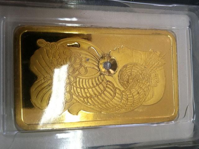 fake gold 2