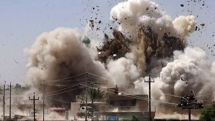 ISIS jihadists demolish mosques, shrines in northern Iraq -1