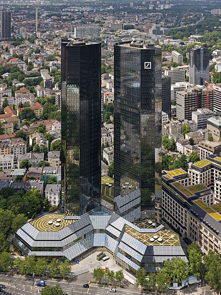 Twintowers_of_Deutsche_Bank_Headquarter_in_Frankfurt_a.M.