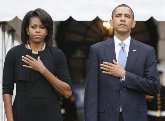 The-Obamas-left-hand