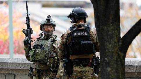 canada-military-police-ukraine