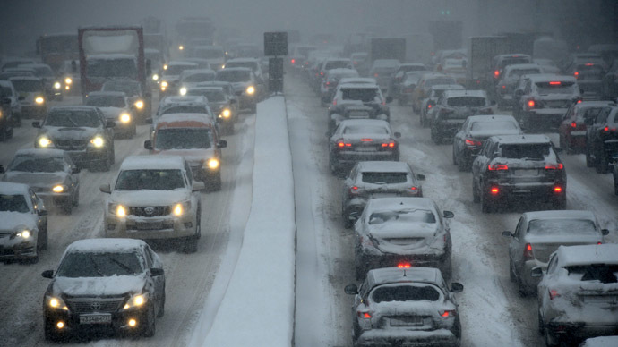 moscow-snow-traffic-jam
