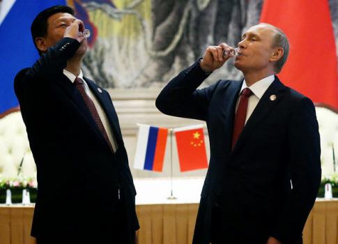 xi-jinping-vladimir-putin-drink