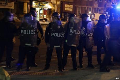 Baltimore-Riot-Police-1